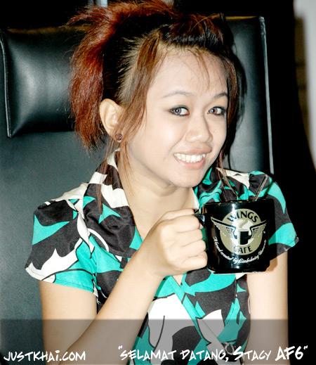 Stacy AF6 & Haziq AF4 di Limkokwing University